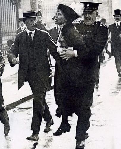 mujeres feministas Emmeline Pankhurst